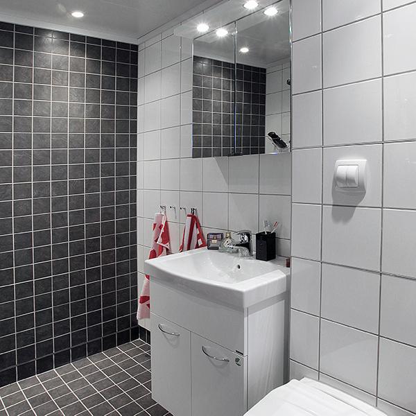 Prebad badrumsrenovering med luftad konstruktion